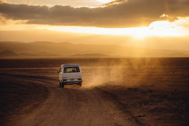 Podróże międzynarodowe czy musimy podróżować prywatnym środkiem transportu?